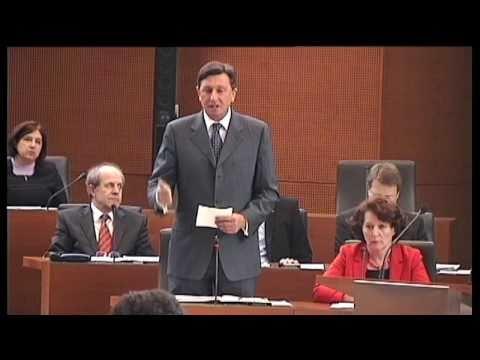 Premier Borut Pahor odgovarja na poslanska vprašanja