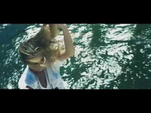 Massivedrum Feat. Shawnee Taylor - Hero (Official Video UHD 4K)