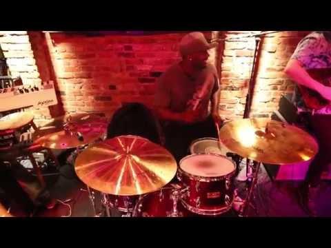 Olamide Faison  Live performance of