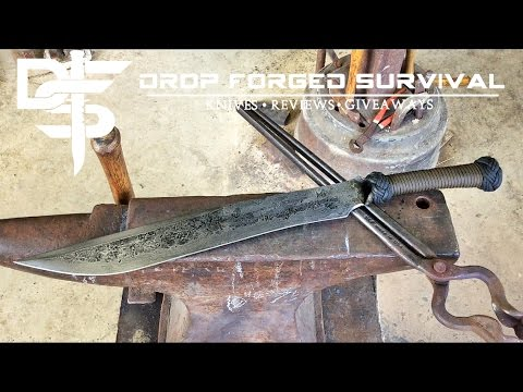 BlackSmithing - Forging a Tactical Bush Sword - Helm Forge