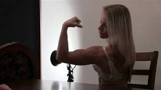 MUSCLE BEAUTIES: DENISE ARMWRESTLES