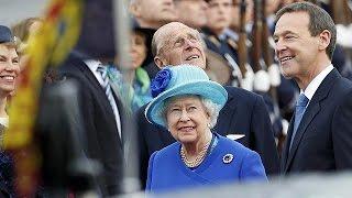 """Deutschland """"amused"""": Queen Elizabeth II. zum Staatsbesuch eingetroffen"""
