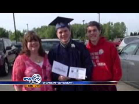 Charge in teen's alcohol poisoning death