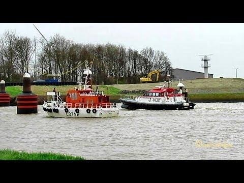 Pilots meeting: FRYA DBLI MMSI  211536810 GEESTEMUENDE DBLH MMSI 211225930 Emden Germany