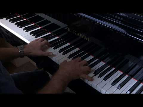 Nefeli by Ludovico Einaudi performed by Mark Reeves