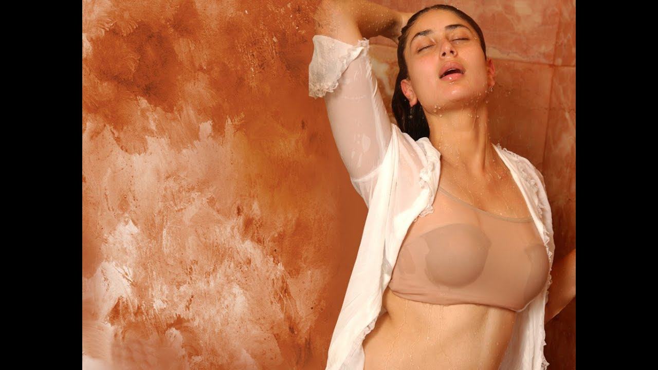 Karina kapoor sexy boobs