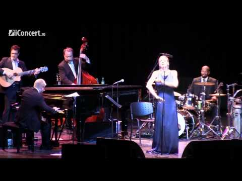 Pink Martini  Amado Mio with Storm Large   HD  iConcertro