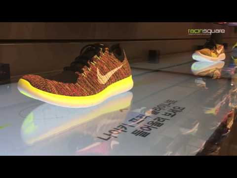 Nike Flyknit Multi Display :  Object Recognition, Image Processing, Interactive Design
