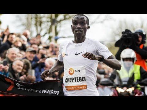 Joshua Cheptegei Runs World's 2nd Fastest 15km Race [HD]