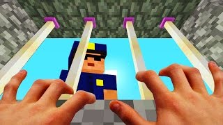REALISTIC MINECRAFT - STEVE ESCAPES FROM PRISON!