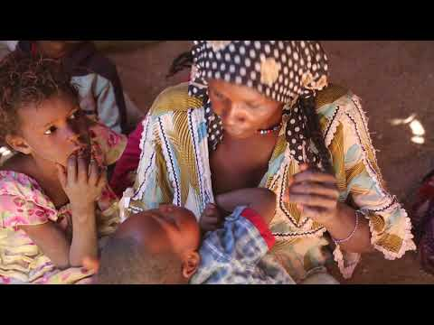 Algeria Southern Sahara Tuareg family / Algérie Sahara du Sud Famille touareg