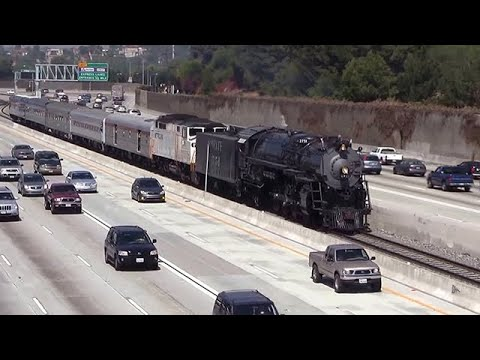 Steam Train in the middle of the Freeway - Santa Fe 3751