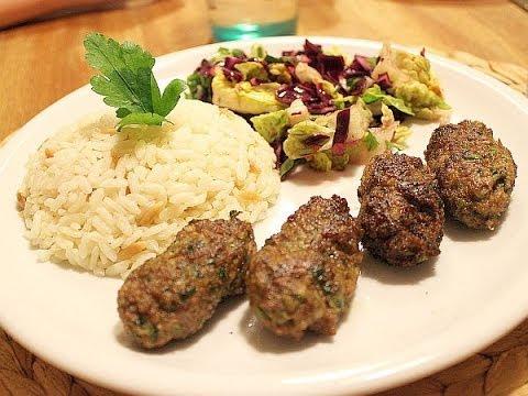 Maydanozlu Köfteler - Türk Köftesi, Et yemekleri, hızlı pratik yemek tarifi, CANANDAN TARİFLER
