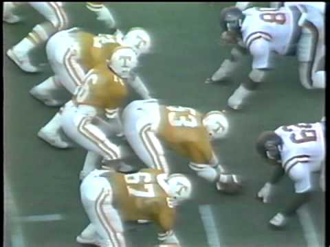 Tennessee Beats Mississippi 28-20 - 1981