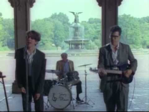 They Might Be Giants - We Love All The People
