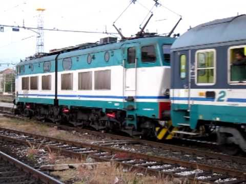 FS Express 1927 Milano - Palermo / Siracusa hauled by E656 at Milano Centrale