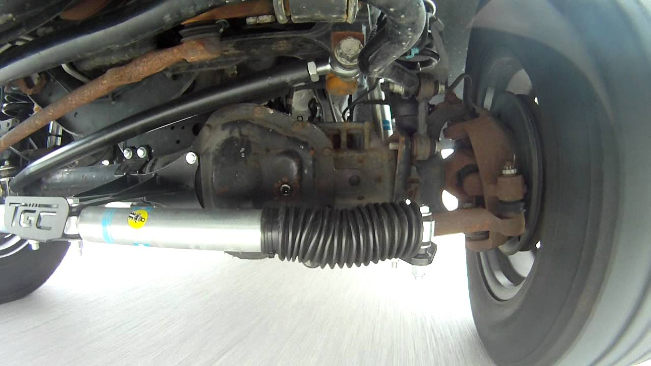 Driver Side 2010 F250 suspension - YouTube