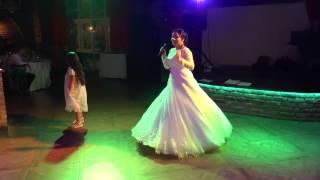Музыкальный подарок невесты на свадьбе