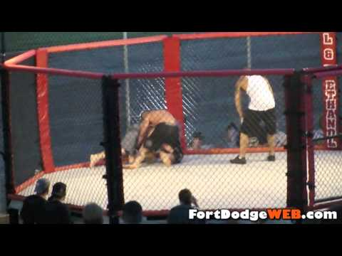 Devon Green Wins (Fight #11) 2010 MMA Event at Mineral City Speedway in Fort Dodge