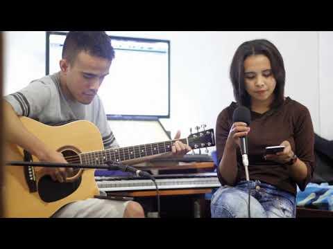 Hatiku Hatimu (titik Sandora) || Cover By Lian
