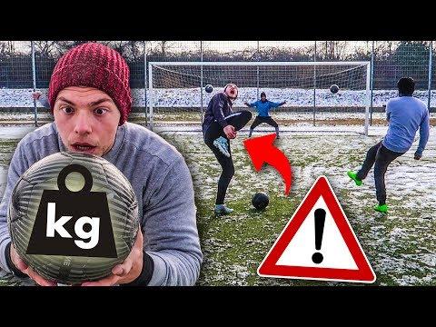 EXTREME FUßBRUCH FUßBALL CHALLENGE! (3 kg Ball)