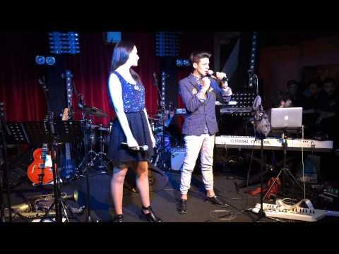 "Anita Simoncini and Michele Perniola ""Chain of Lights"""
