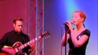 Kitty Hoff - Sehr weit oben (und Forêt-Noire) -live-.flv