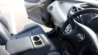 Nissan Tino 1999