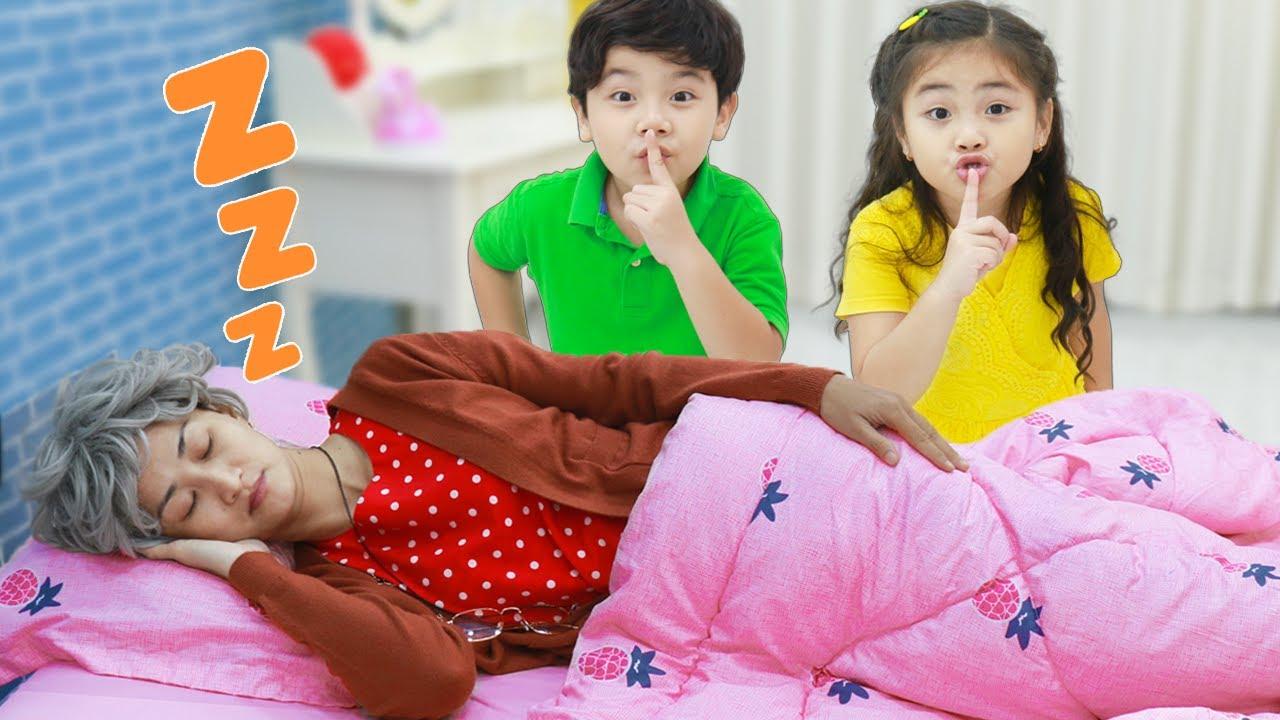 Annie and Sammy Pretend Play Pranking Grandma When She Sleeps   Funny Video for Kids