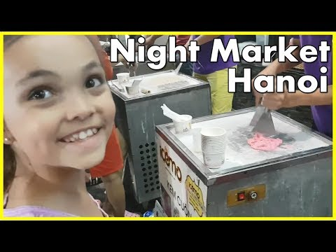 Night Market - A free thing to do in Hanoi Old Quarter Vietnam