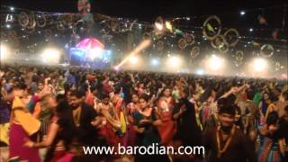 Mor Bani Thanghat Kare Full Garbo United Way 2014
