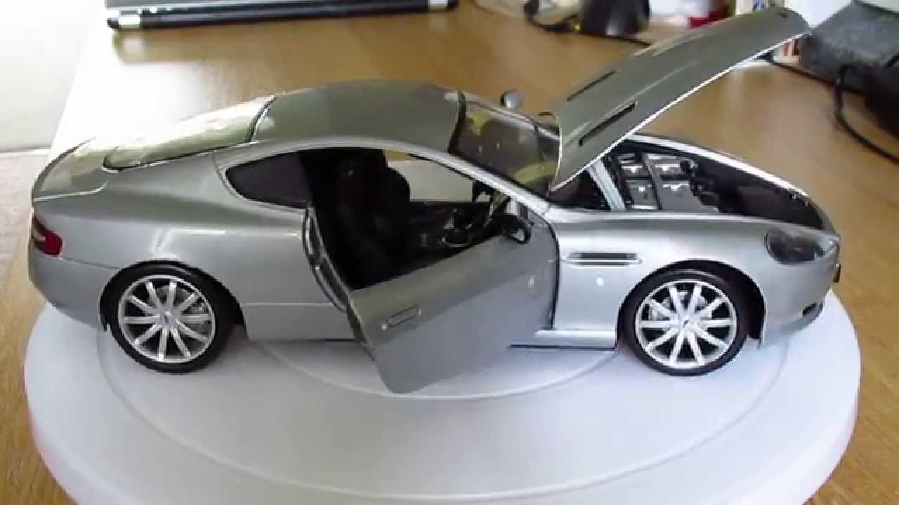 Aston Martin DB9 1:18 Scale by Motormax - YouTube