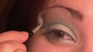 Egg Shell Blue and silver Eye make-up Thumbnail