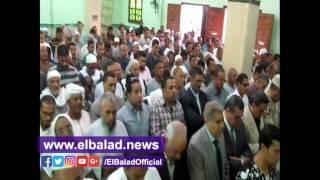 أهالي قرية العجميين بالفيوم يترقبون وصول جثمان شهيد سيناء