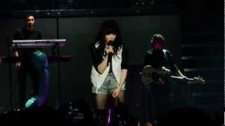 Carly Rae Jepsen - I Know You Have A Girlfriend @ParisBercy @BelieveTour