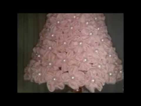 Настольная лампа с нежным по красоте абажуром, смотреть онлайн