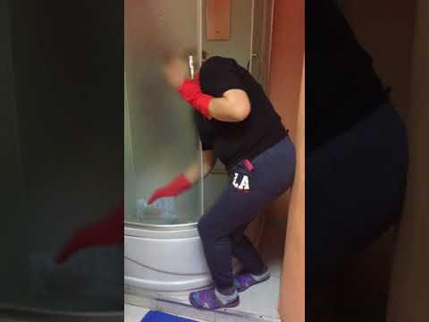 Как правильно мыть душевую кабину? Мастер-класс от Оксаны