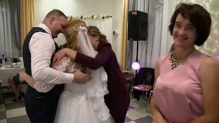 Родные сёстры и мать довели невесту до слёз прямо на свадьбе.