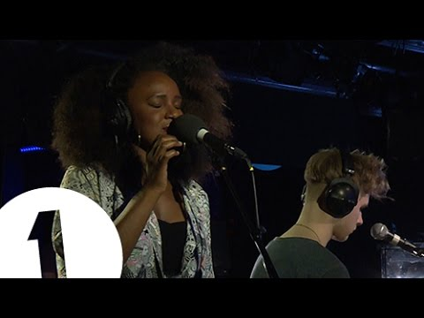Mura Masa feat. Nao - Thinkin Bout You (by Frank Ocean) - Radio 1's Piano Session