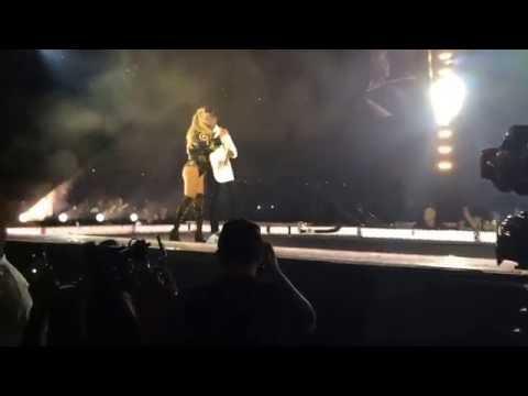 Beyoncé Formation Tour - Single Ladies Proposal in STL
