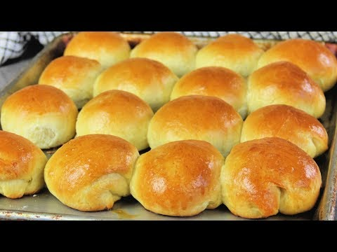 how-to-make-yeast-rolls- -dinner-rolls