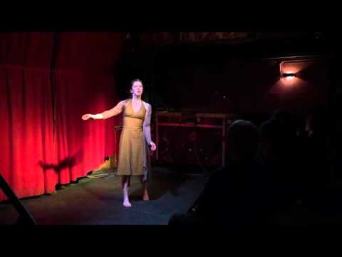 Dipa de Ridder-Flohr danst een gedicht