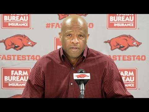 Arkansas coach Mike Anderson