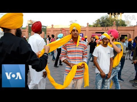 Indian Sikhs Celebrate Turban Day