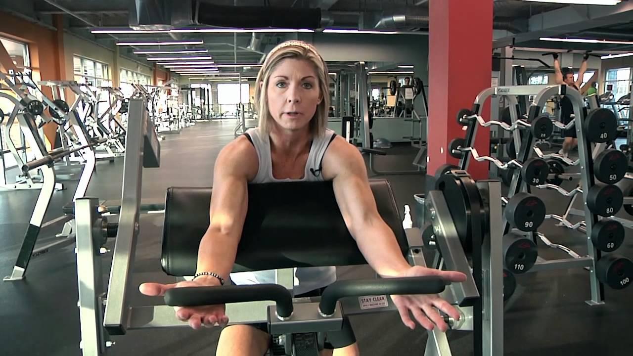 Leslie Hilton Hammer Curl Machine Gold S Gym Mukilteo