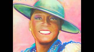 Patti LaBelle – Look to the Rainbow