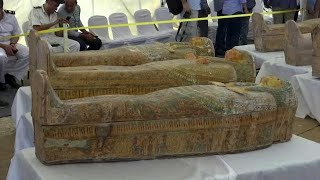 כיתוב: 30 ארונות קבורה עתיקים נחשפו בלוקסור שבמצרים
