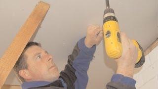 Как сделать потолок из гипсокартона своими руками?(Как сделать потолок из гипсокартона своими руками? Идеально ровный потолок, на котором взгляду просто..., 2014-02-06T13:46:56.000Z)
