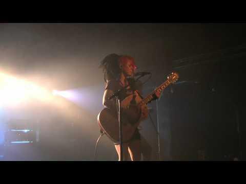 L.A. Guns (Tracii Guns & Dilana) Crystal...