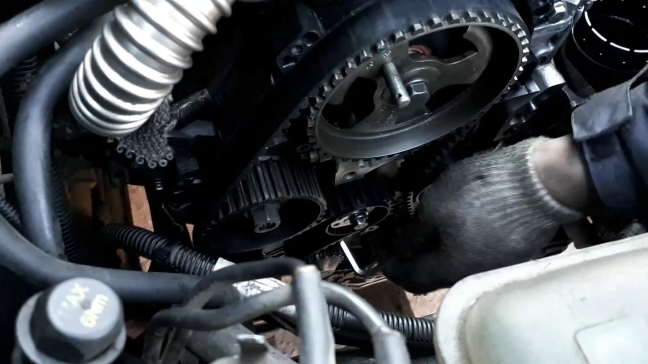 Как выставить метки ГРМ Volvo s40 1.6 tdi за 4 минуты